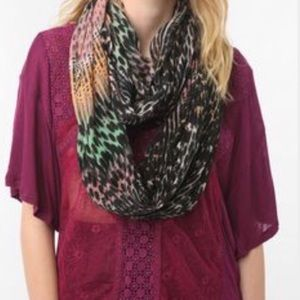 Urban Outfitters Accessories - Silence + Noise Multicolor Infinity Scarf